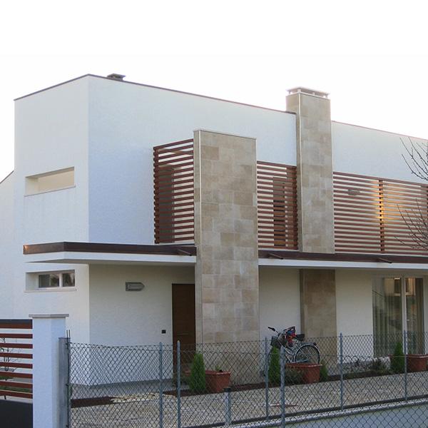 M+R HOUSE